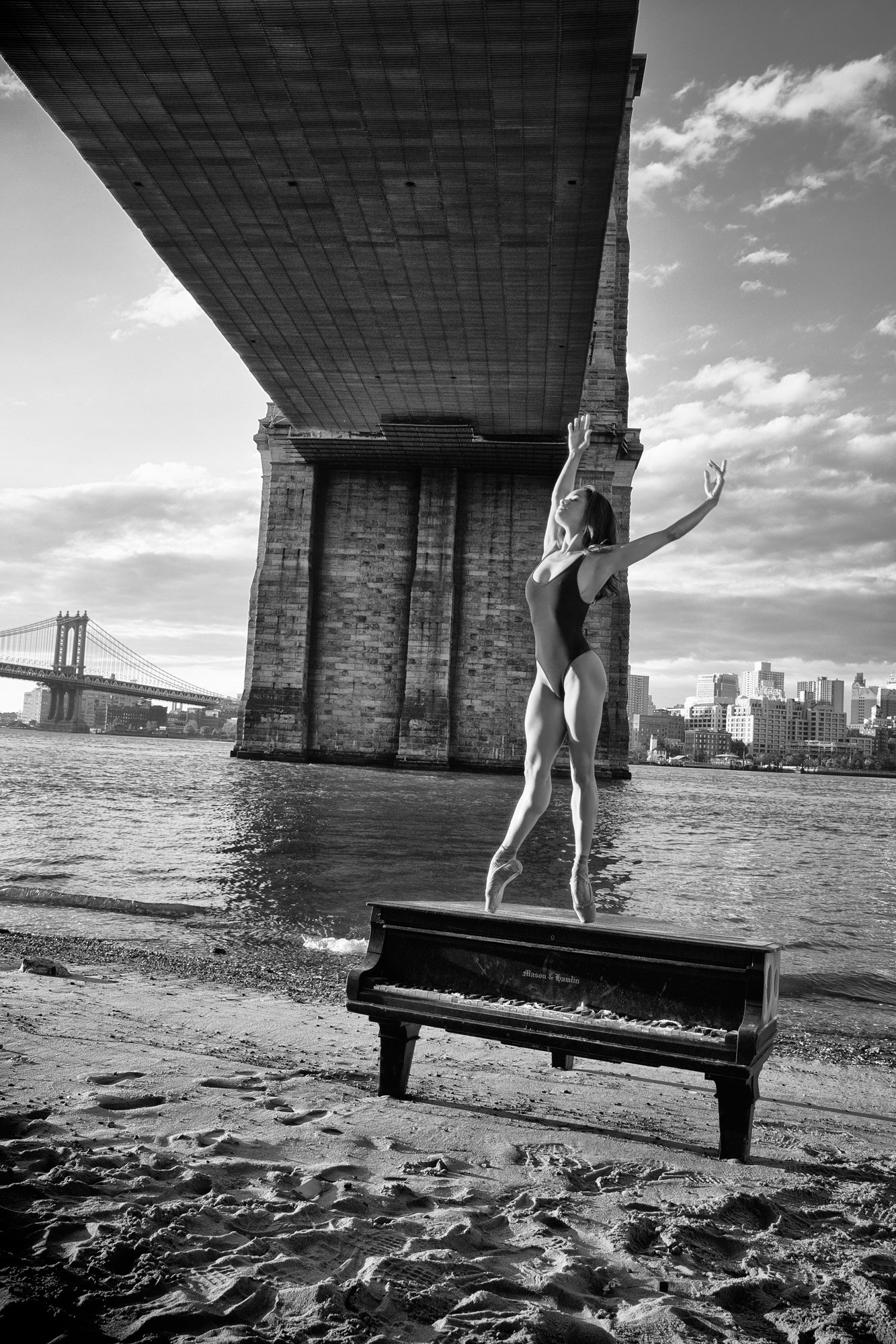 Misty Copeland - Sunrise under the Brooklyn Bridge