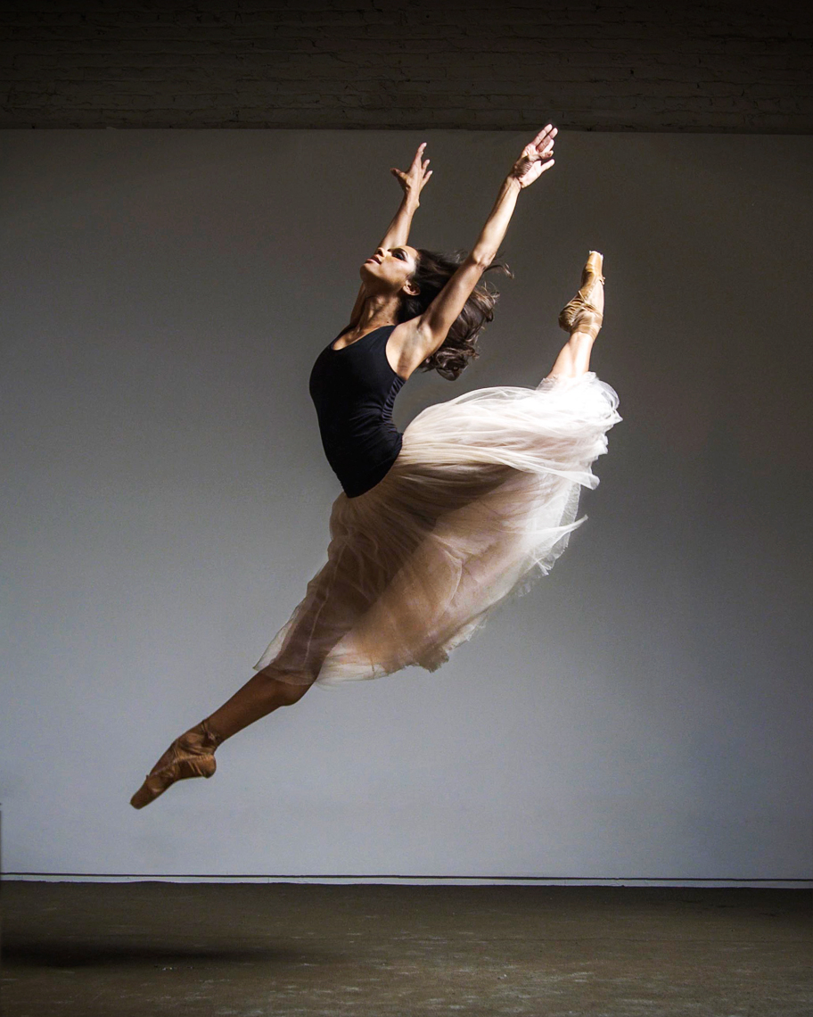 Richard_Corman_Misty_Copeland_17_being_retouched-copy.jpg