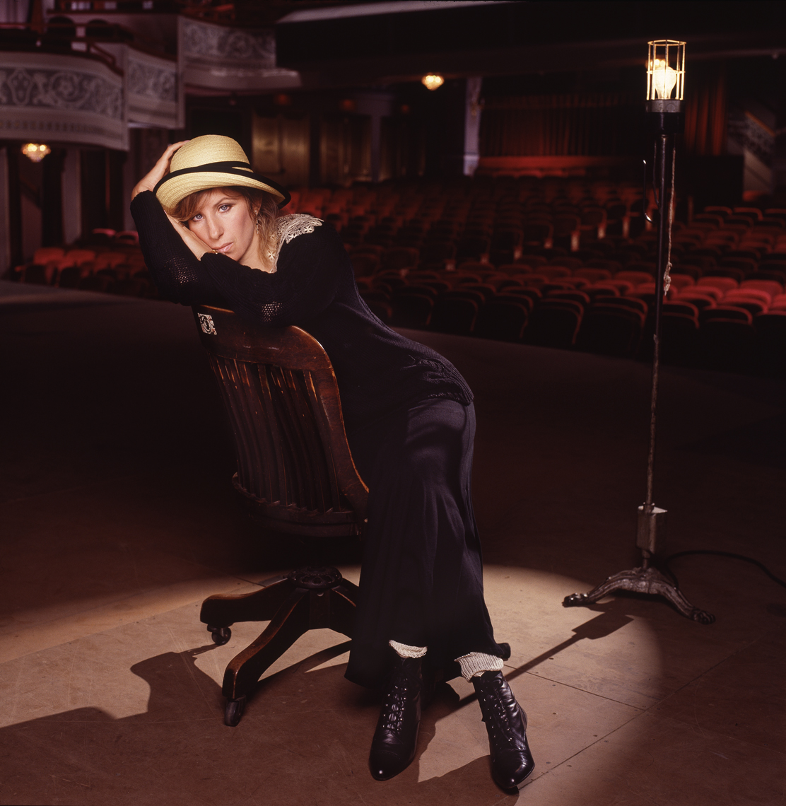 barbara_streisand_broadway_album_being_retouched.jpg